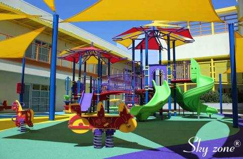 mái che ngoài trời sân chơi trẻ em thiết kế hiện đại