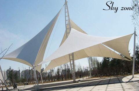 mái che cảnh quan thiết kế bạt tam giác lớn